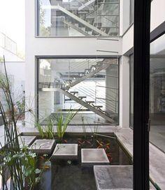 Bridging House, 2013 - Jacobs-Yaniv Architects