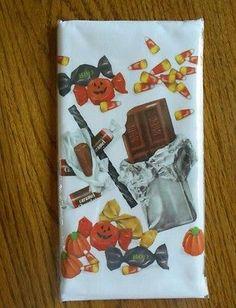 NIP Mary Lake Thompson Halloween trick or treat candy flour sack kitchen towel