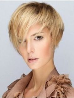 Short Carefree Layered Blonde Straight Hairstyle Capless Remy Human Hair Wig