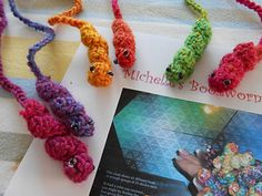 Crochet bookworm bookmarks for your books!  Try it out in Vanna's Palettes for a large variety of color combinations and read several books at once. Pattern found on Ravelry.