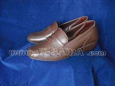 Kogal Shoe - sapato de colegial na cor marrom! sob medida. Desculpem, mas não temos pronta-entrega. Brown kogal shoe. we take orders. Gomen, but we only take orders in english. worldwide ---------------------------------- Aleatório sobre a H: sem tempo total. sábado eu ligo/respondo todo mundo!! por outro lado, não teve um dia esta e a última semana que eu tenha voltado pra casa antes da meia noite. QUE DIVERTIDO! ------------------------------------------------------ www.h-sama.com - Fotolog