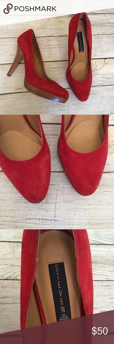 "STEVEN by Steve Madden Pumps Red suede. 4.5"" heel with a .5"" platform. Gently worn, still in great condition 🚫NO TRADES/NO MODELING🚫✅BUNDLE TO SAVE✅ Steven by Steve Madden Shoes Heels"