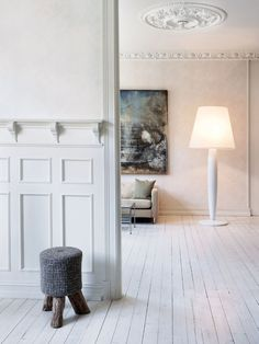 The Big Mama Floor lamp by Northern Lighting has been designed by Nereo. Big Mama is a large floor lamp made of paper and wood; basic and eco-friendly Nordic materials, used for the shade and the body respectively. Big Mama represents more than s. White Interior, Decor, Flooring, Interior, White Rooms, Large Floor Lamp, Scandinavian Interior, Home Decor, House Interior
