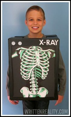 Budget Halloween Costume With a Box - Written Reality