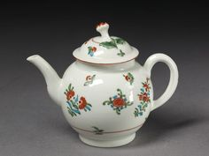 ca. 1770 (made)  Artist/maker  Royal Worcester (manufacturer)  Materials and Techniques  Soft-paste porcelain, painted in enamels  Dimensions  Height: 12.5 cm, Diameter: 9.5 cm  Descriptive line  Teapot and lid, soft-paste porcelain painted in enamels, Worcester Porcelain Factory, ca. 1770