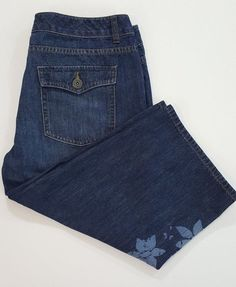 Coldwater Creek Denim Floral Embellished Capri Cropped Jeans #ColdwaterCreek #CapriCropped
