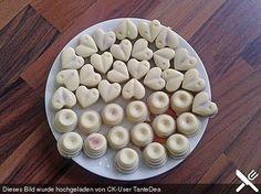 Himbeer-Sekt Pralinen, ein sehr schönes Rezept aus der Kategorie Konfiserie. Bewertungen: 1. Durchschnitt: Ø 3,3.