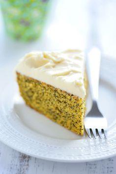 Gâteau au citron entier et aux graines de pavot bleu (FRENCH)