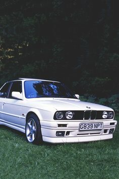 BMW E30 M3 WHY DO I WANT ONE OF THESE SO BADLY