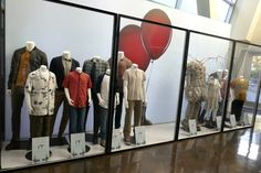 IT Chapter Two film costume exhibit Two Movies, Movies And Tv Shows, Isaiah Mustafa, Badass Movie, It Movie 2017 Cast, Movie Sequels, It The Clown Movie, Cute Emo Boys, Balloon Installation