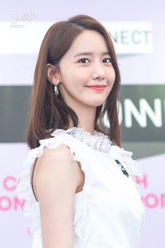 Welcome to FY! GIRLS GENERATION, the best source for photography, media, news and all things related. Sooyoung, Yoona Snsd, Yuri, Famous Girls, Rosacea, Cute Asian Girls, Girls Generation, Beautiful Actresses, Kpop Girls