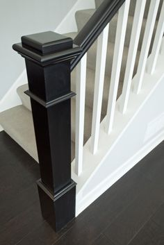 Elegant Interior Home Design with Banister Ideas: Stair Banister Pictures Stair Newel Post, Stair Railing Design, Staircase Railings, Wood Stairs, Banisters, House Stairs, Stairways, Banister Ideas, Newel Posts