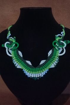 macrame necklace green