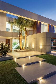 Arquitecto Daniel Tarrio y Asociados, Casa 17 - Educational Architecture Outside Wall Art, Luxury Homes Dream Houses, Dream House Exterior, House Entrance, Entrance Foyer, Facade House, House Goals, Modern House Design, House Front Design