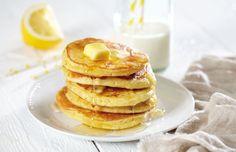 Gode amerikanske pannekaker med det lille ekstra. Luftige pannekaker er smakfulle og blir lett en favoritt.