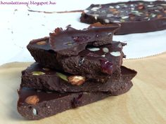 Kókuszvajas csokitábla Smoothie, Vegan Recipes, Paleo, Sweets, Cookies, Baking, Food, Deserts, Candy