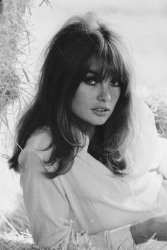 Thinking about getting bangs? The 14 best bang hairstyles of all time to inspire: Jean Shrimpton