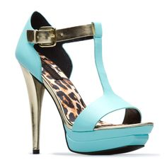 Beach by day and Party by night! Super stylish shoe, perfect for any San Diegan!