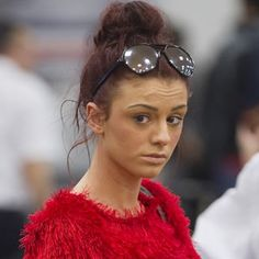 Cher Lloyd [makeup free] and she still looks pretty!