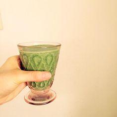 朝からぐいっと栄養を摂り入れましょう(^O^) - 23件のもぐもぐ - 爽やかグリーンスムージー by r1naaan1227