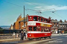 Leeds City, Civil Aviation, Diesel Locomotive, My Town, Public Transport, Coaches, Buses, Civilization, Old Photos