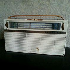Vintage Philips Transistor radio