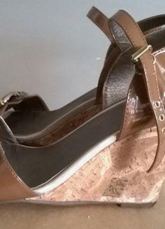Kup mój przedmiot na #vintedpl http://www.vinted.pl/damskie-obuwie/sandaly/8643778-motivi-sanadalki-na-koturnie-r-37
