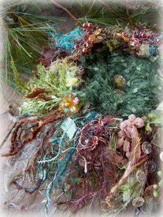 2 Bags Full - My adventures in travel, knitting, and the blessings of my every day life.: Spring Surprise -- a (very) limited new Woodland Bling nest