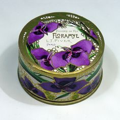 L.T. PIVER Floramye by vicent.zp, via Flickr  Face Powder from 1910
