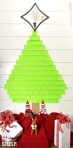Elf On The Shelf Ideas | Sticky Note Christmas Tree!