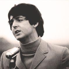 S. J. Paul McCartney♥♥  -gif