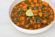 This autumn put a seasonal twist on your traditional beef chili by tossing in some hearty chunks of sweet potato. CookSmarts' recipe for sweet potato and beef chili is a great foundation to getting...