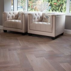 Experience old world luxury with the specialty Renaissance Herringbone Collection. The birch plywood construction gives this range optimum stability while the top layer is made from the finest European Oak. Wood Flooring Options, Solid Wood Flooring, Hardwood Floors, Best Laminate, Stone Cladding, Luxury Vinyl Tile, Paving Stones, Next At Home, Engineered Wood