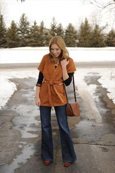 layered sweater / flared denim / black + brown // member Kayley of Sidewalk Ready