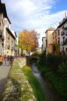 Puente de Cabrera, en la Carrera del Darro, Granada. (vía flickr)
