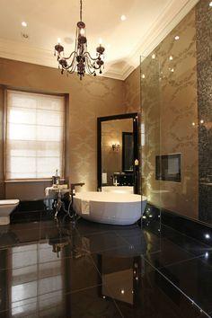 First En Suite Bathroom
