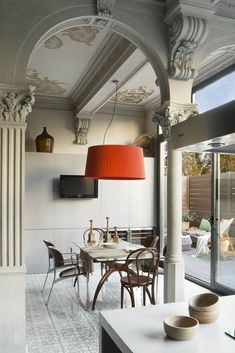 Interior design trends to keep up with, the best for your home decor! Mansion Interior, Interior Exterior, Best Interior, Interior Design Kitchen, Interior Architecture, Interior Decorating, Classical Architecture, Farmhouse Architecture, Sweet Home