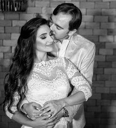"Hebreus 13:4 diz que: ""Digno de honra entre todos seja o matrimônio - Larissa��Bruno @larissaclaret  @gouveiaroenick @marcelodigitalarts  @digital_filmes �� #wedding #party #weddingparty #toptags @top.tags #celebration #bride #groom #bridesmaids #happy #happiness #unforgettable #love #forever #weddingdress #weddinggown #weddingcake #family #smiles #together #ceremony #romance #marriage #weddingday #flowers #celebrate #instawed #instawedding #party #congrats #congratulations…"