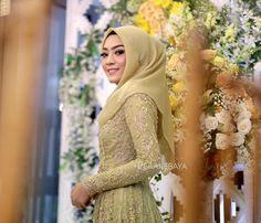 model vera kebaya muslim cantik