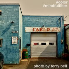 Today's Mindful.org #mindfulfilter contribution: #color  Shooting color gives you something to look for that will align your eye and mind. When you work on this assignment, be patient. It takes time to settle in and connect with seeing. #mindfulfilter #mindfulness #photography #color