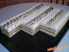 Ketogenic Recipes, Diet Recipes, Vegan Recipes, Keto Results, Cake Bars, Wedding Desserts, How Sweet Eats, Keto Dinner, Nutella