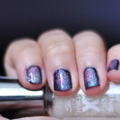 Aim for the stars with this beautiful manicure!