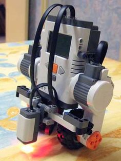self-balancing LEGO robot