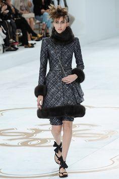 Sfilate Chanel - Alta Moda Autunno-Inverno 2014-15 - Collezione - Vanity Fair