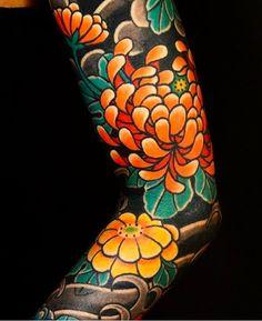 """2,396 Likes, 7 Comments - Japanese Ink (@japanese.ink) on Instagram: """"Japanese tattoo sleeve by @sanchezhorimaru. #japaneseink #japanesetattoo #irezumi #tebori…"""""""