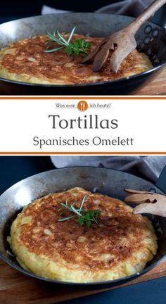 """Die aus Kartoffeln, Zwiebeln und Eiern hergestellte Tortilla ist ein spanisches Omelett. """"Tortilla de patatas"""", wie es in Spanien heißt, kann in kleinen Stückchen als Tapas oder beispielsweise mit Salat als Hauptspeise serviert werden.Das Rezept beschränkt sich auf wenige, günstige Lebensmittel, ist einfach und schnell zubereitet. #abendessen #rezept #fastfood #kochen #schnellesessen #mittagessen #rezepte #spanien"""
