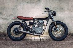 Motogadgets: трекер Yamaha XS650
