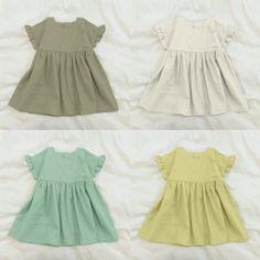 【型紙・作り方】子供のフリル袖ワンピース - ハンドメイド洋裁ブログ yanのてづくり手帖-簡単大人服・子供服・小物の無料型紙と作り方- Fashion 2020, Kids Fashion, Dress Anak, Baby Girl Dress Patterns, Ruffle Sleeve Dress, Girls Dresses, Summer Dresses, Baby Kids Clothes, Baby Sewing