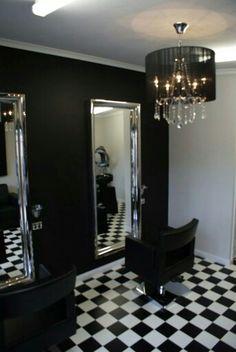 Nail Salon Decor, Beauty Salon Decor, Beauty Salon Design, White Hair Salon, Small Hair Salon, Home Hair Salons, Home Salon, Barber Shop Decor, Black Decor
