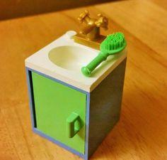 LEGO Custom Furniture Belville BATHROOM SINK Medium Blue / White Basin / Medium Green Door + Brush #LEGO #LEGOModular #LEGOFurniture #LEGOBathroom